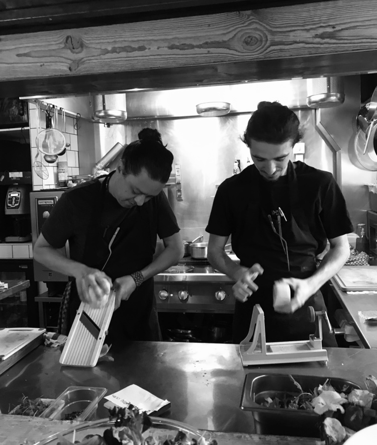 Our story: Luis Romo and Mark Ruiz Kissling | Brasserie Uno Zermatt